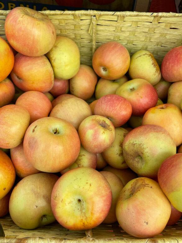 fuji_apple-cuyama_orchards-1